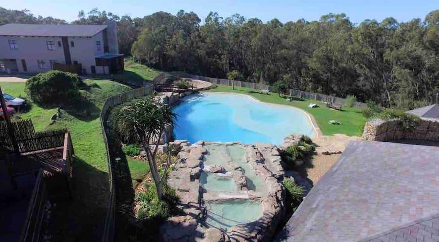 Leisure Living Eco Estate  Large 250 m2  Unit