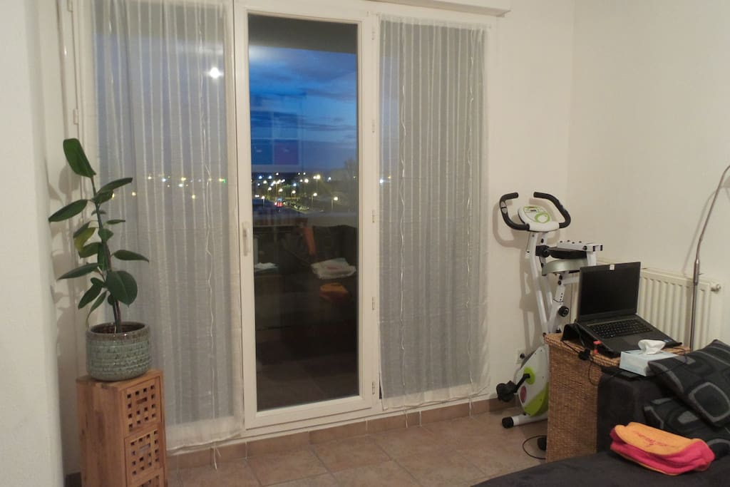 T2 centre de salon de provence apartments for rent in for Rent a car salon de provence