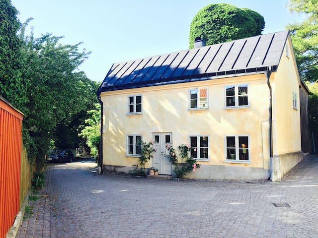 Unique house in the medieval Visby! - Visby - Haus