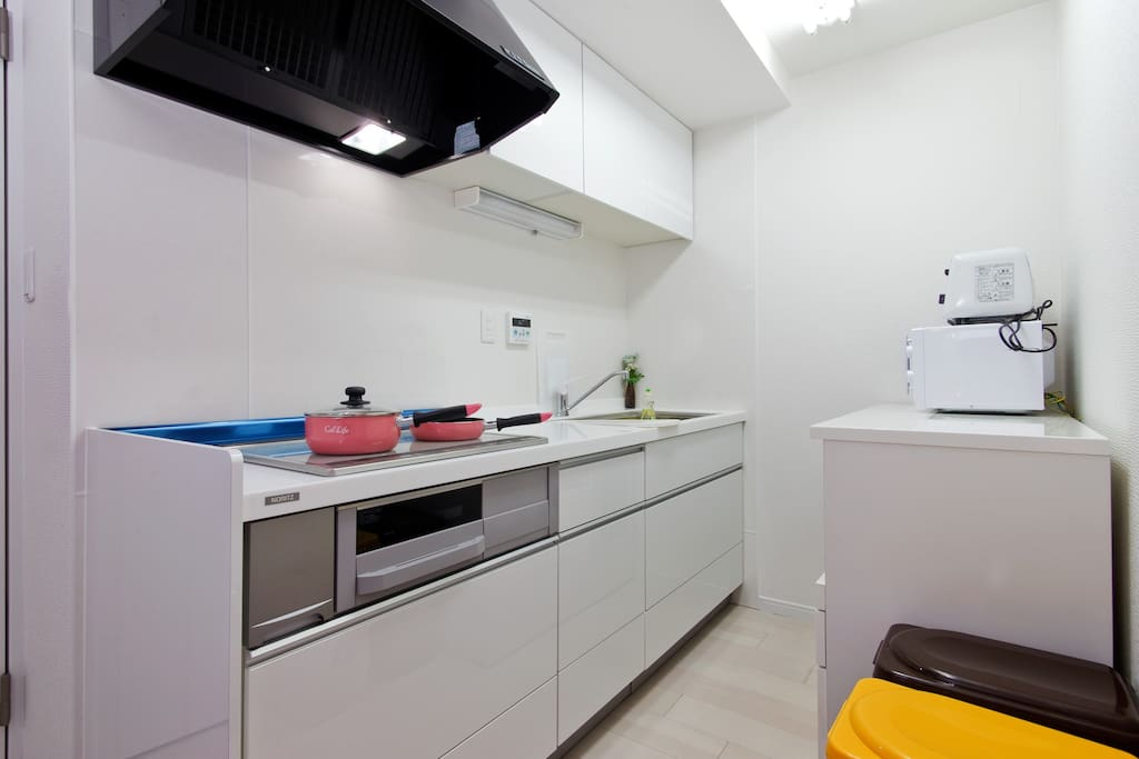 広くて清潔なキッチン