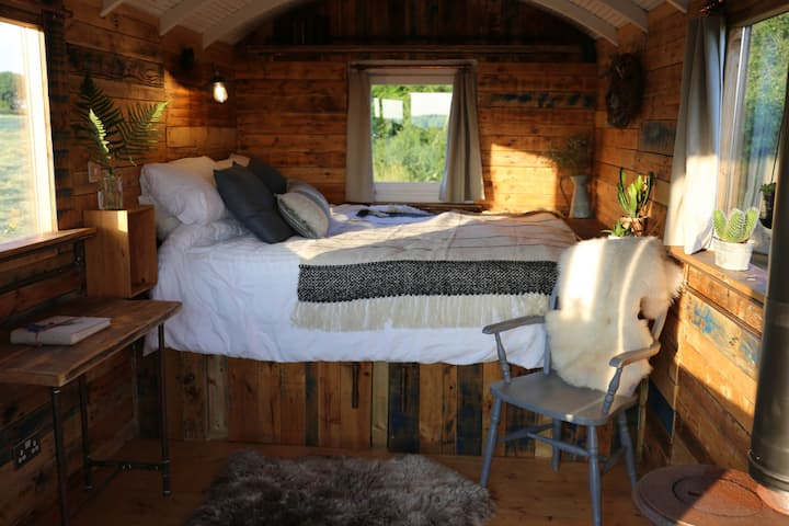 Sweetsides Shepherds Hut