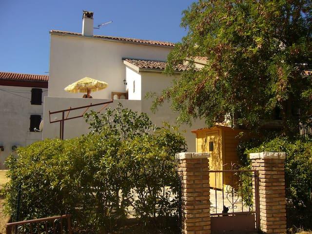 Maison de charme - Bale Valle - Huis