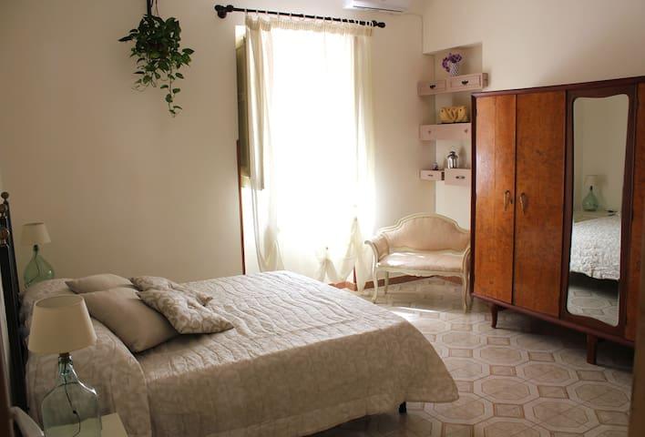 """""""Sicilia Nica"""" appartamento privato a Cinisi (Pa)"""