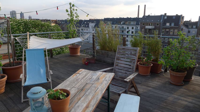 Charming Cityflat with Roofgarden - Cologne - Apartment