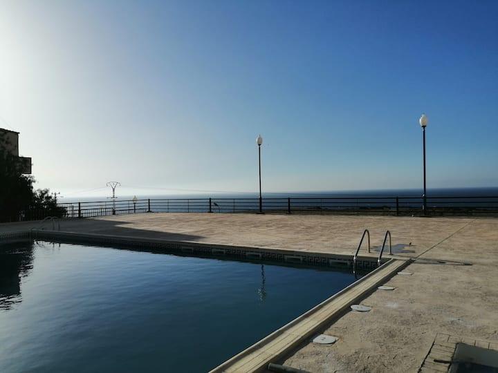 Bejaia- Ait Mendil- Bel appartement avec piscine