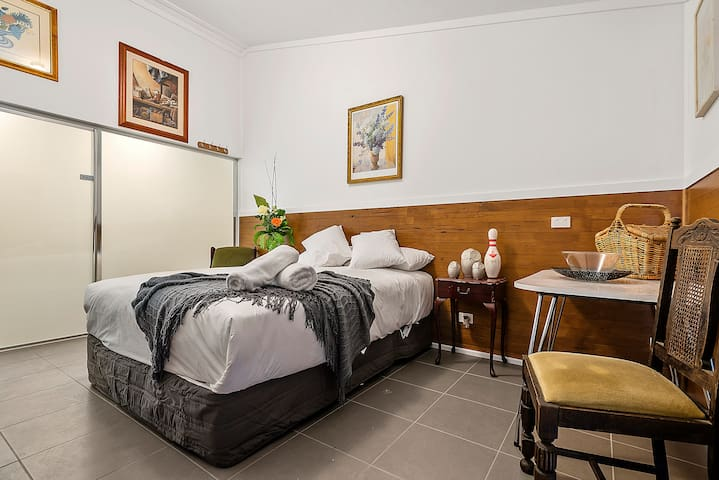 Bodkin Cottage - Room 4