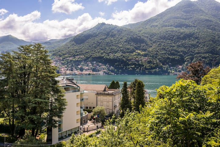 Charming Villa with Lake view - Moltrasio - Apartemen