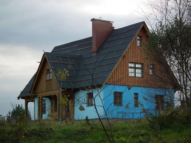 Dom Kaszubski, wśród jezior i lasów - Bytów - บ้าน