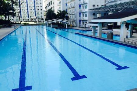 Refreshing oasis behind SM North - Quezon City - Condominium