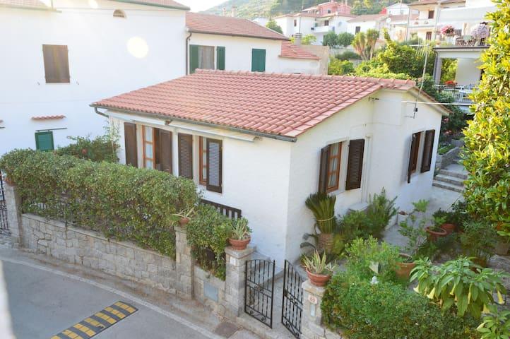 Appartamento Carrubo Pomonte Isola d'Elba