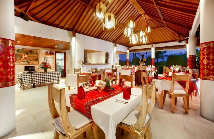 The Restaurant is a stylish dining facility that is elevated to take in picturesque views over the pool, distant rice terraces and dancing coconut palms.