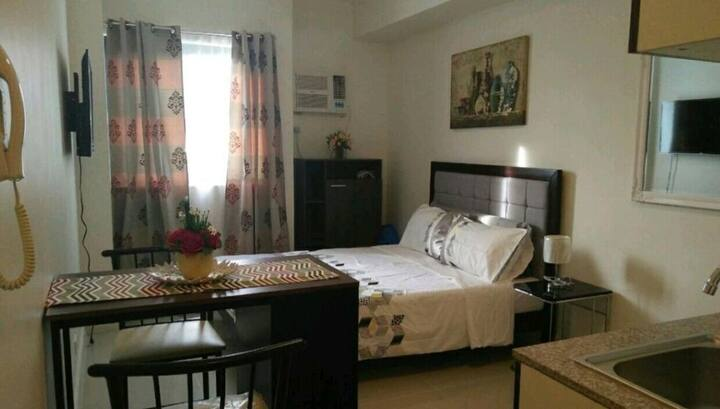 Cozy Studio near IT Park,  Lahug & Cebu TA-12Q