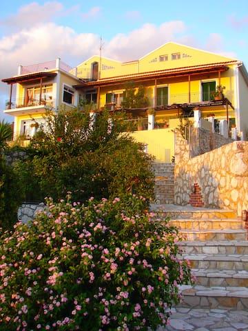 Tholihi apartm #1 Kefalonia