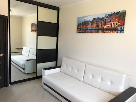 New cozy apartment 10 min from the Sheremetyevo