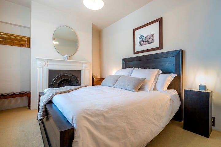 Pips on Bank - Luxury Cottage