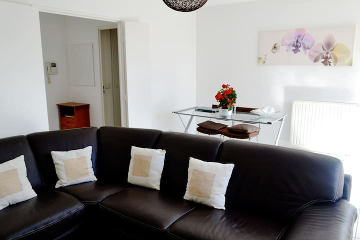 Spacious apartment near Stadium - Saint-Denis - Lägenhet