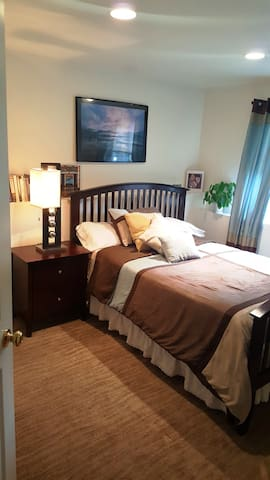 Pretty 1-2 private rooms/bath. in Boulder County - Longmont - Ev