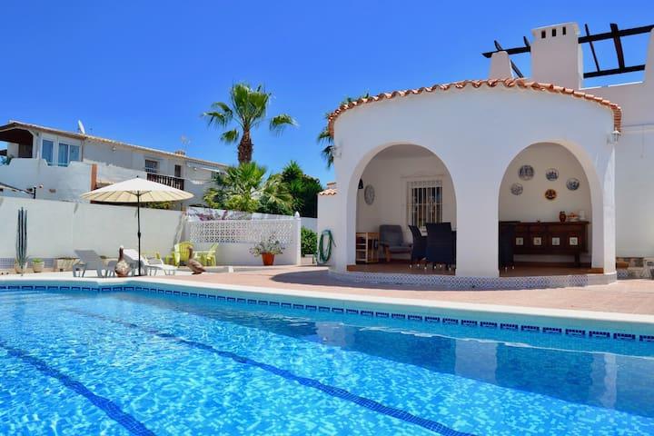 Casa Mia villa met privé zwembad voor 6personen