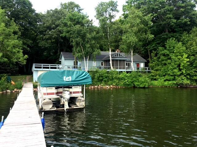 Charming Round Lake Home near Garrison, MN
