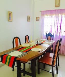Cozy home in Sta.Rita Karsada Batangas City