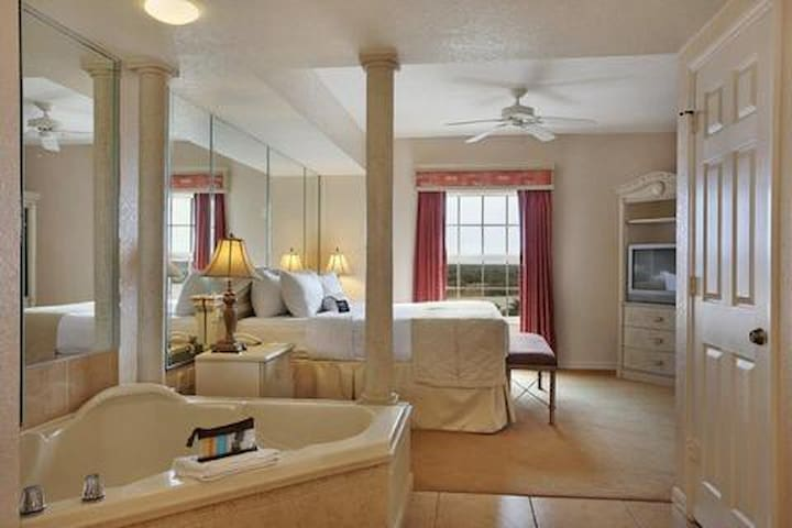 Great unit sleeps 4 next to Disney - Celebration - Apartment