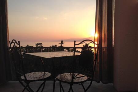 Camera 3 - Letto da una piazza e mezza, vista mare - Maratea - Bed & Breakfast