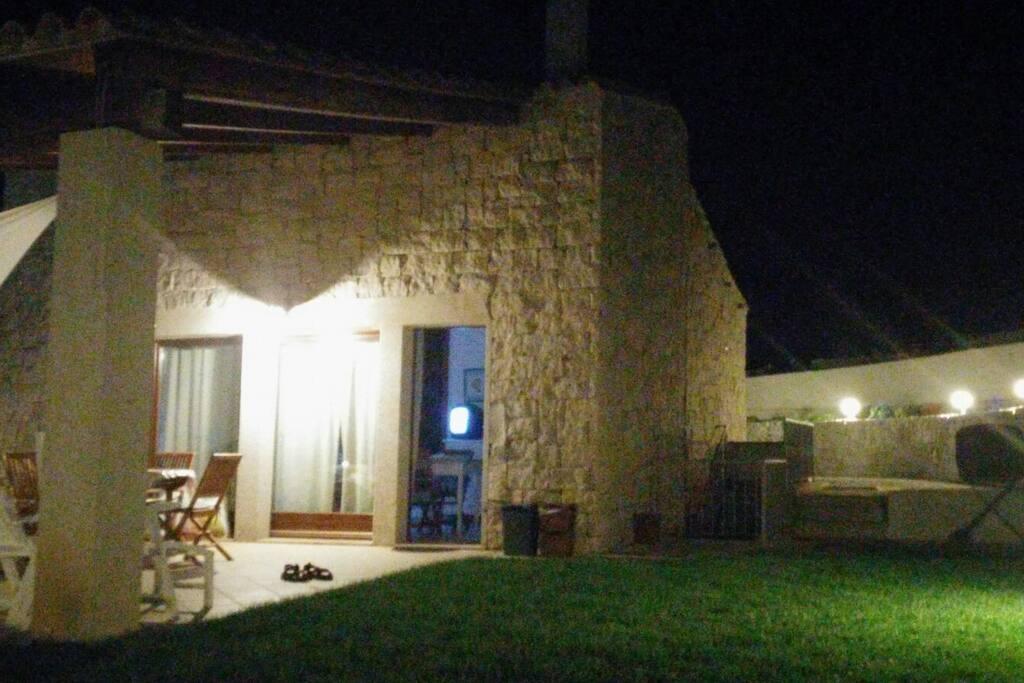 esterno casa notte