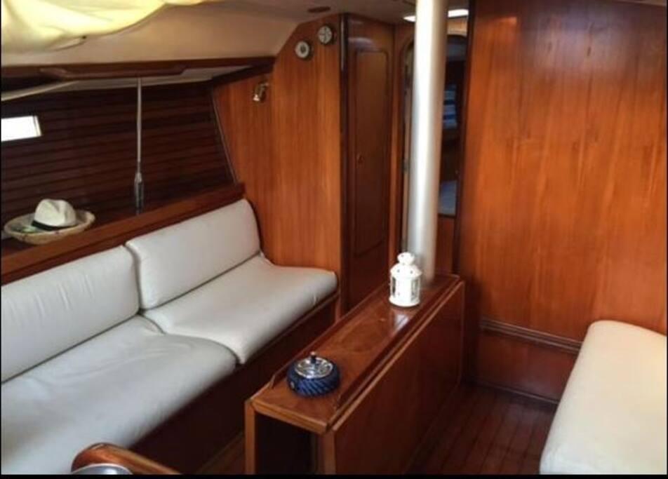 la dinette, ovvero il salotto della barca