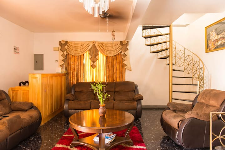 Comfort and class accomodations - Montego Bay - Villa