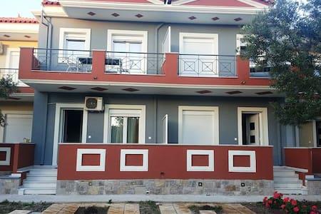 Irini Apartments Anaxos - Anaxos Skoutarou - Συγκρότημα κατοικιών