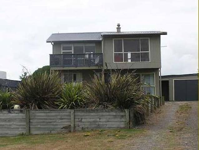 Waitarere family beach house - Waitarere Beach - Huis