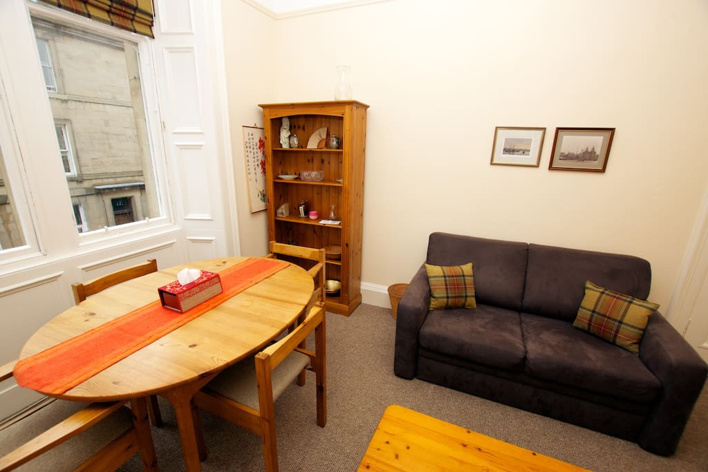 1 bed flat in Newington