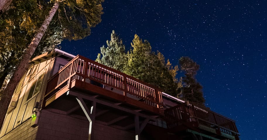 Quiet and Accessible Heavenly Ski Cabin - Stateline