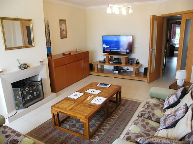 Spacious  Apartment with  Sea View - nazare - Wohnung