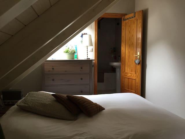 Ático dúplex 3 dormitorios 2 baños - Sallent de Gallego - Pis