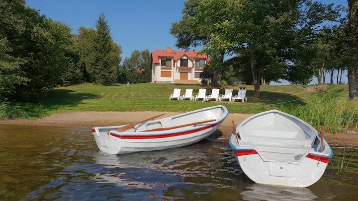 Spacious Lakeside House