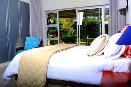 Goldern Acres Guest Lodge Kwekwe