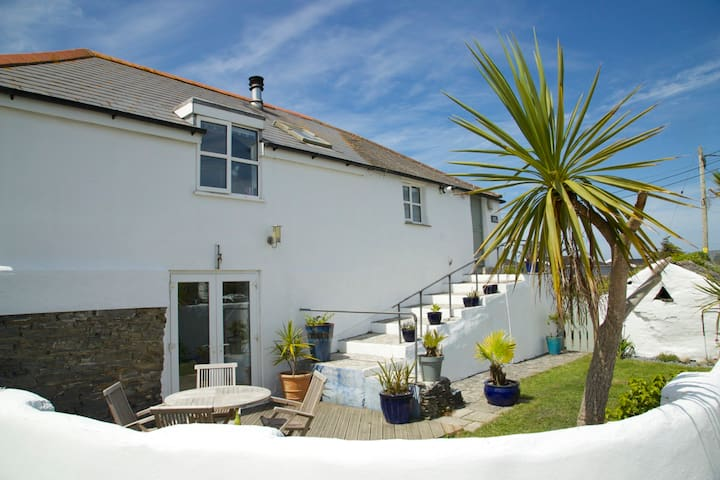Stunning cottage 1 mile from Constantine Bay - Padstow - Casa