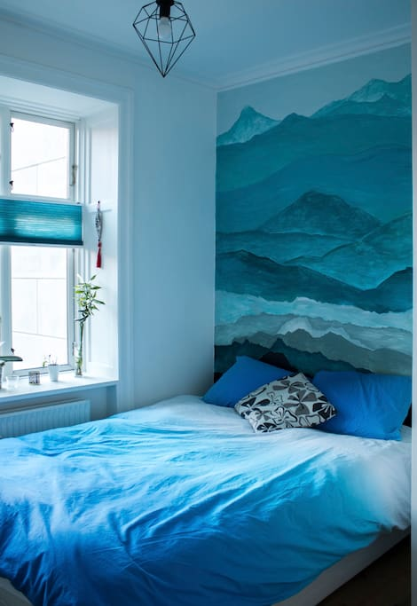 This is the blue room. The master bedroom was chosen blue to create a space of communication and peace for sleeping