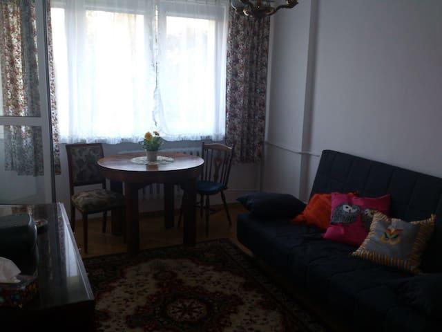 Grochów, 2 pokojowe z kuchnią - Warsaw
