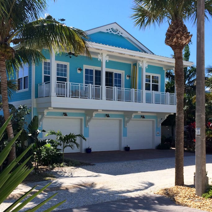 5 Star Beach House Kitchens: Apartments For Rent In Juno