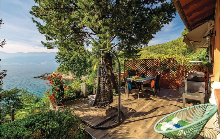 Holiday apartment with 1 bedroom on 92m² in Rijeka