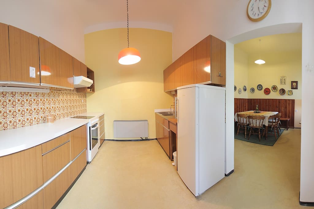 Fully equiped renewed kitchen (11 m2).