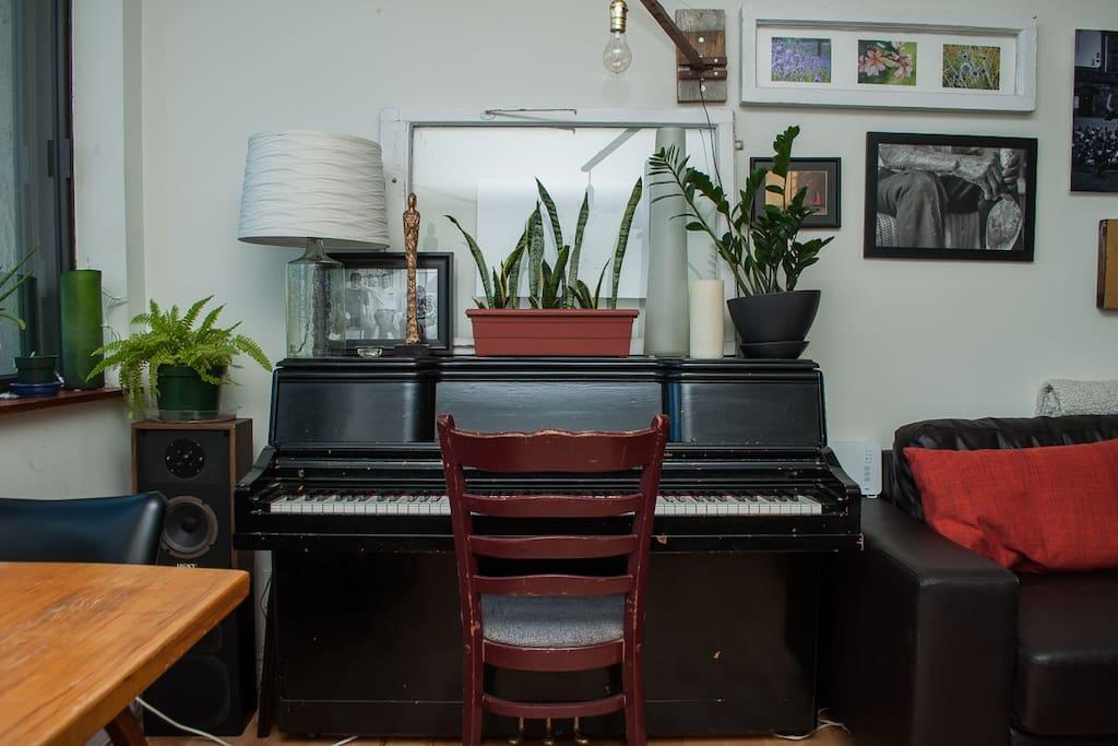 Piano dans le salon