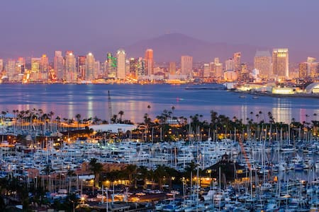 34'  nice yacht 5 min to comicon - San Diego