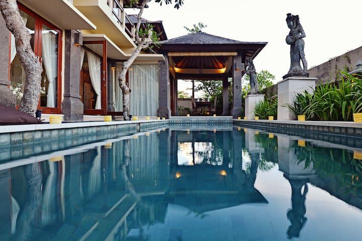 Hot Rate Bali 5 Minute Beach Villa 2 BR #family