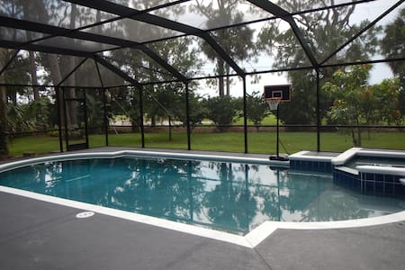 Golf Front   Bedroom Pool Home Downtown Melbourne   Melbourne   House