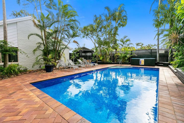 Noosa Cocos Spacious 3 Bedroom Townhouse