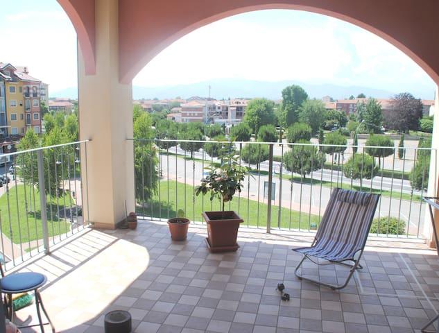 Trilocale con terrazzo centro Leinì - Leinì - To - Flat