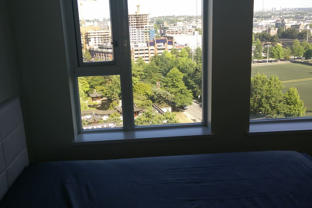 Master Bedroom, Queen Bed With View of Park and Dr. Sun Yat-Sen Chinese Gardens